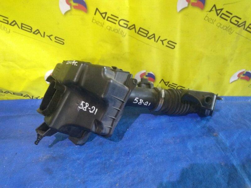 Корпус воздушного фильтра Nissan Skyline V36 VQ35DE (б/у)