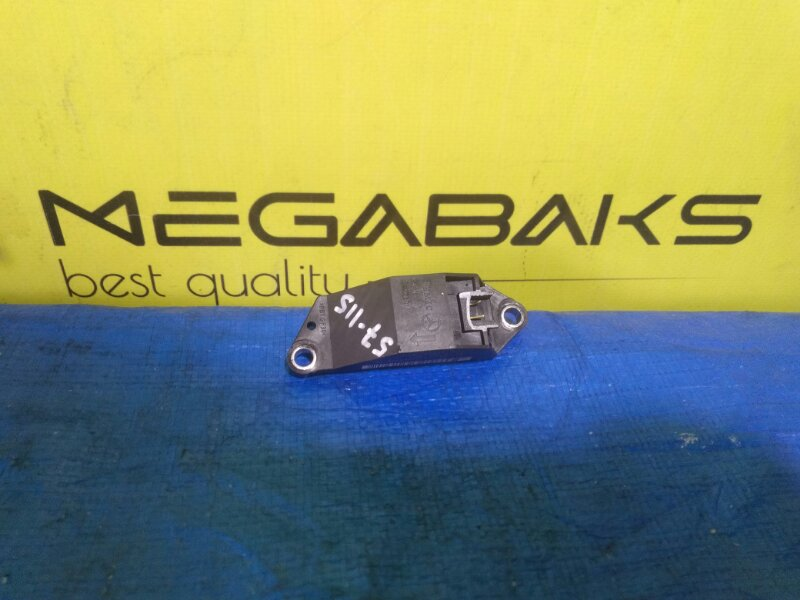 Датчик airbag Mercedes-Benz Cls-Class WDD2193561A014944 A0018209326 (б/у)