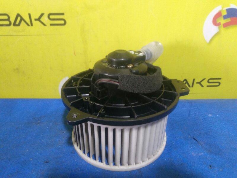 Мотор печки Mazda Familia BJ5P (б/у)
