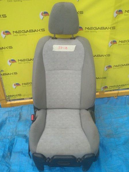 Сидение Toyota Vitz NCP130 переднее с подогревом (б/у)