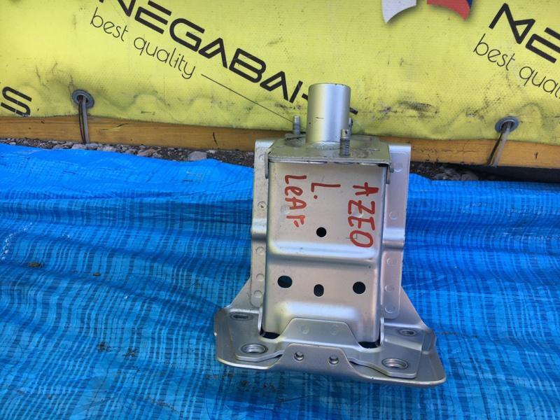 Жесткость бампера Nissan Leaf AZE0 левый (б/у)