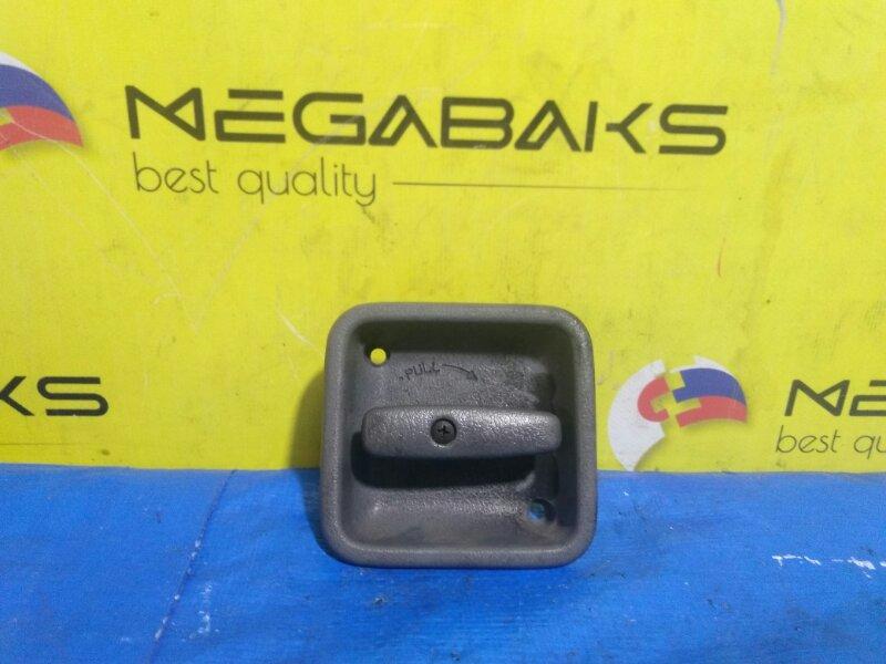 Ручка двери внутренняя Mazda Bongo SKP2V (б/у)