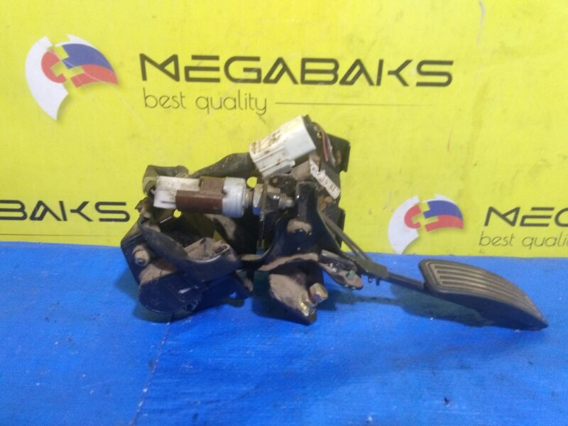 Педаль подачи топлива Mazda Bongo SKF2V S48C-41-ACO (б/у)