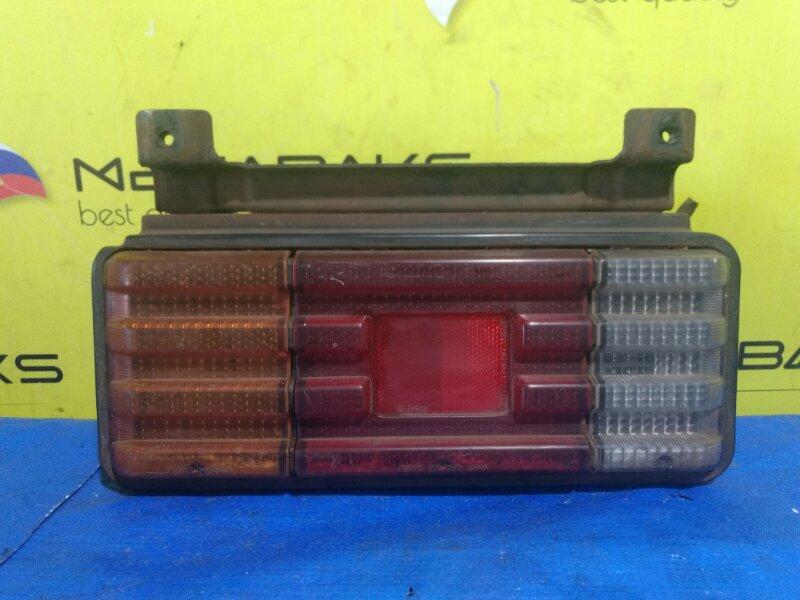 Стоп-сигнал Mazda Titan WHF3 левый 220-61517 (б/у)