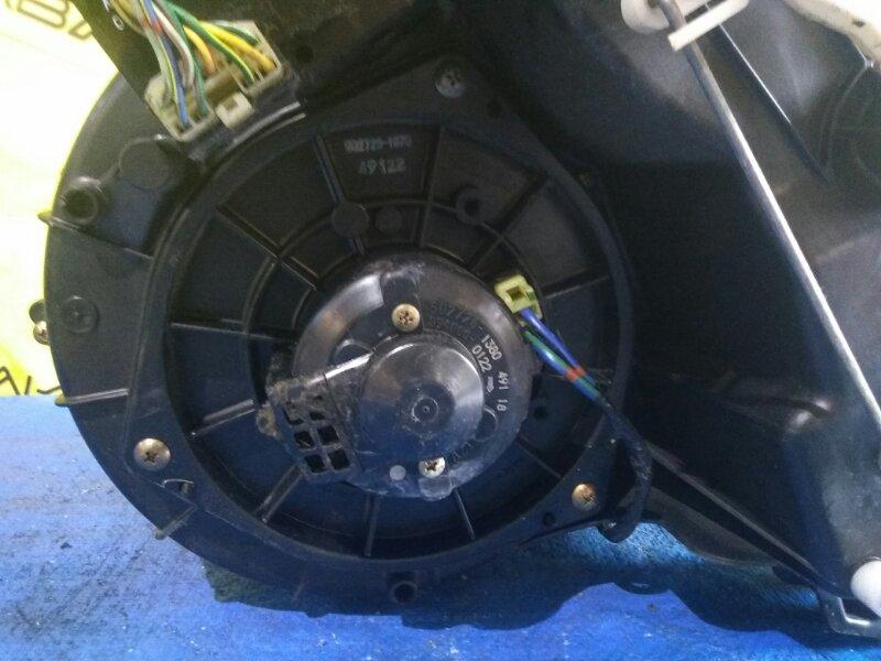 Мотор печки Mazda Bongo SK82 (б/у)