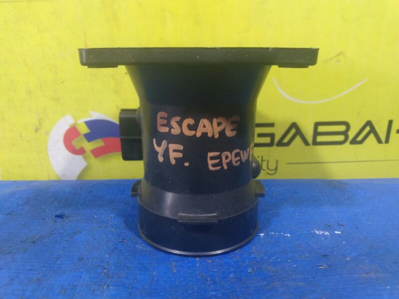 Расходомер воздушный Ford Escape EPEWF YF XF2F-12B579-BA (б/у)