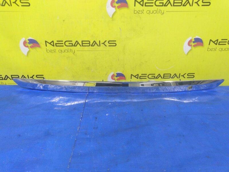 Накладка на багажник Toyota Belta NCP96 76801-52260 (б/у)