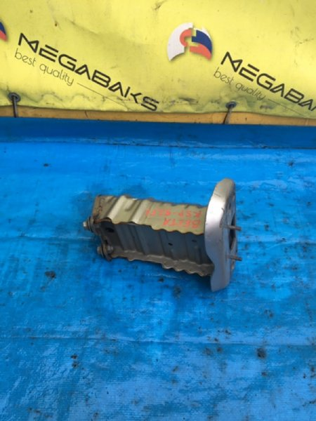 Крепление жесткости бампера Toyota Belta NCP96 переднее левое (б/у)