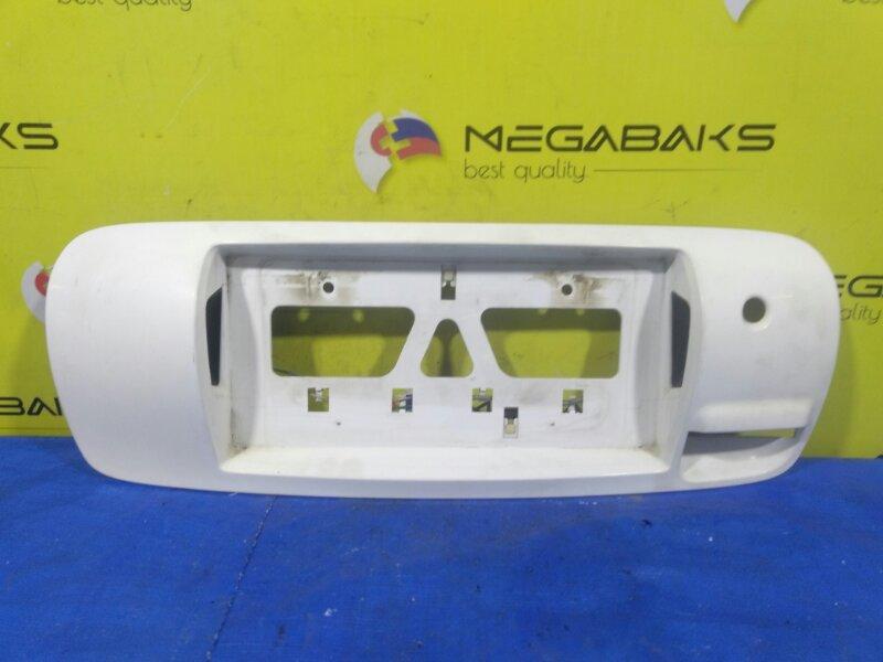 Вставка между стопов Toyota Carib AE114 76801-13030 (б/у)
