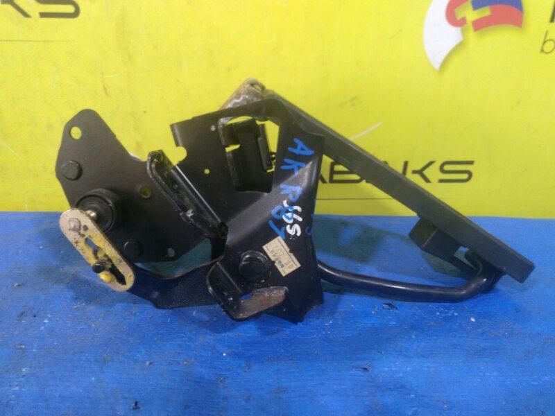 Педаль подачи топлива Nissan Atlas AKR81 4HL1 (б/у)