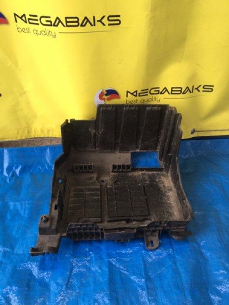 Подставка под аккумулятор Renault Megane Ii KM 8200-467-409 (б/у)
