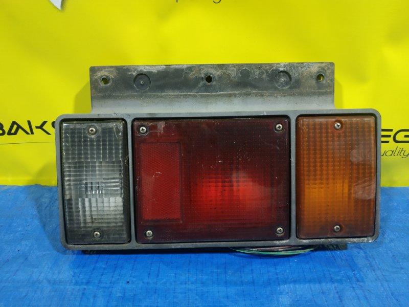Стоп-сигнал Isuzu Elf NKR66 правый 220-21366 (б/у)