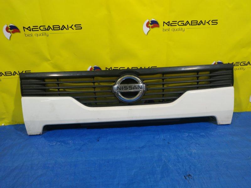 Решетка радиатора Nissan Atlas F24 62320 MA000 (б/у)