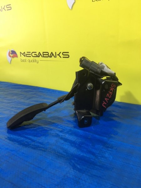 Педаль подачи топлива Mazda Bongo SKF2V S4BC-41-AC0 (б/у)