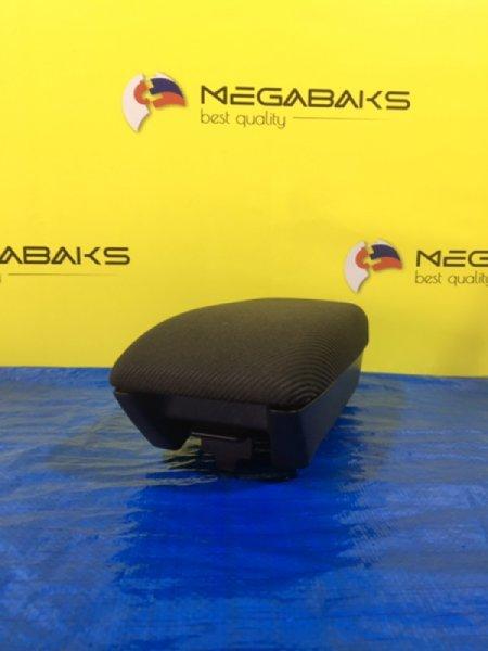 Бардачок между сиденьями Honda Rafaga CE4 (б/у)
