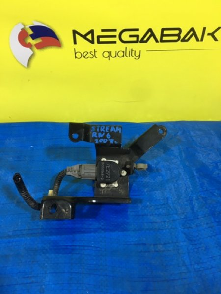 Датчик положения кузова Honda Stream RN6 7E2921-B050545 (б/у)