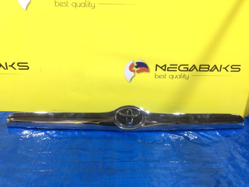 Накладка на багажник Toyota Mark Ii JZX110 I MODEL (б/у)