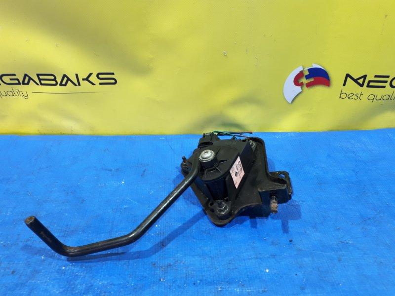 Педаль подачи топлива Nissan Atlas F24 18005MA51A (б/у)