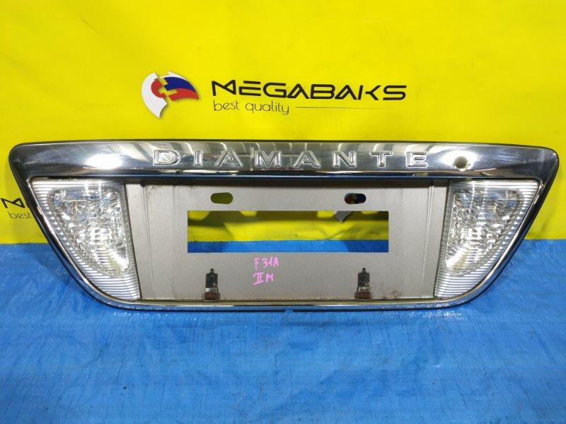 Накладка на багажник Mitsubishi Diamante F31A MR492290 (б/у)