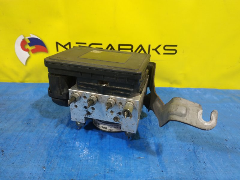 Блок abs Suzuki Hustler MR31S R06A 06.2102-3275.4 (б/у)
