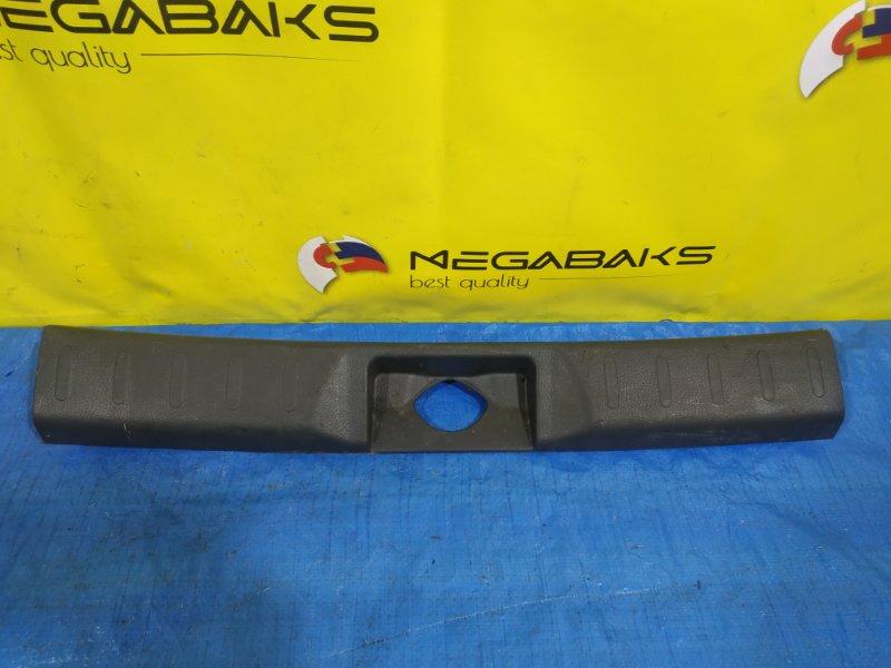 Накладка замка багажника Suzuki Hustler MR41S 7627150M50 (б/у)