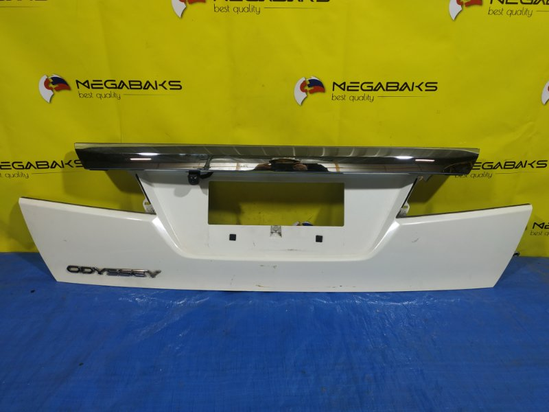 Накладка 5-й двери Honda Odyssey RB3 (б/у)