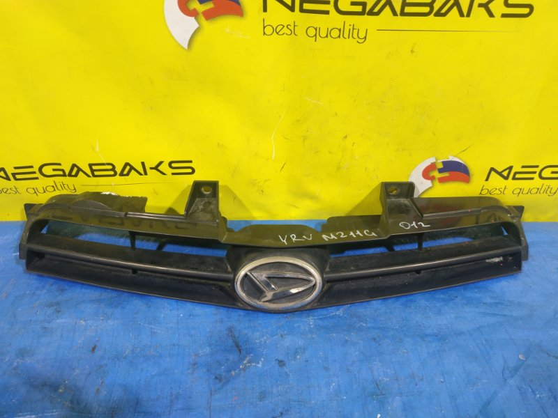 Решетка радиатора Daihatsu Yrv M200G 53111-97401 (б/у)