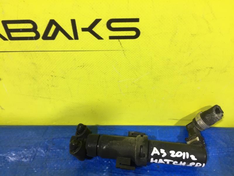 Форсунка омывателя Audi A3 MK2 CAX правая (б/у)
