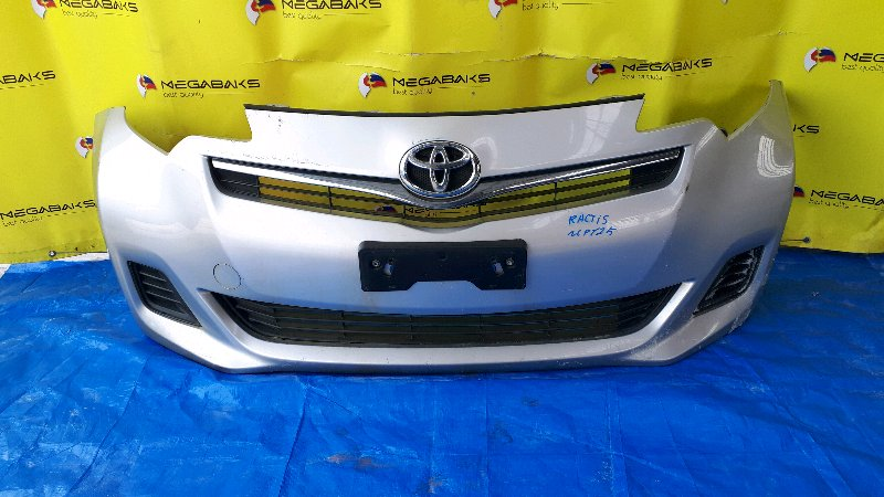 Бампер Toyota Ractis NCP120 передний (б/у)