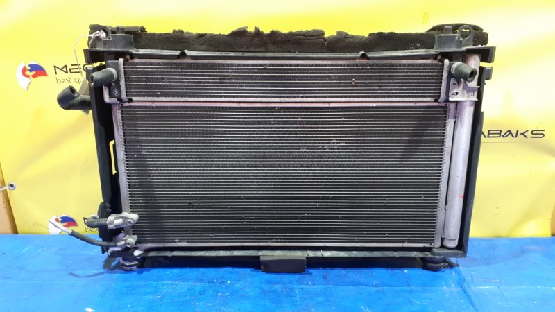 Радиатор основной Toyota Prius ZVW30 2ZR-FXE (б/у)
