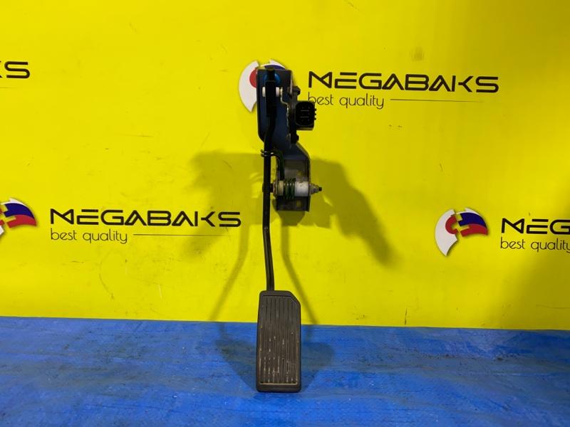 Педаль подачи топлива Nissan Elgrand NE51 VQ35DE (б/у)