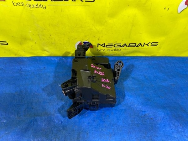 Блок предохранителей Suzuki Swift ZC83S K12C (б/у)