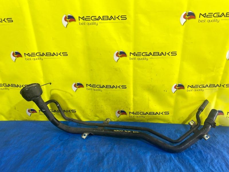 Горловина топливного бака Nissan Serena RC24 SR20DE (б/у)