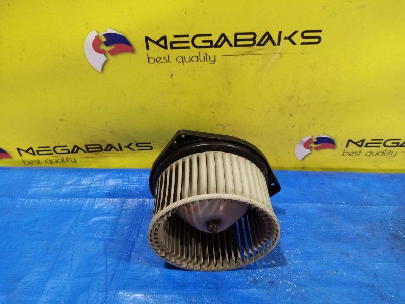 Мотор печки Nissan Caravan E25 (б/у)
