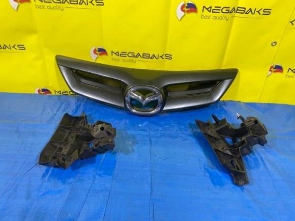 Решетка радиатора Mazda Axela BKEP (б/у)