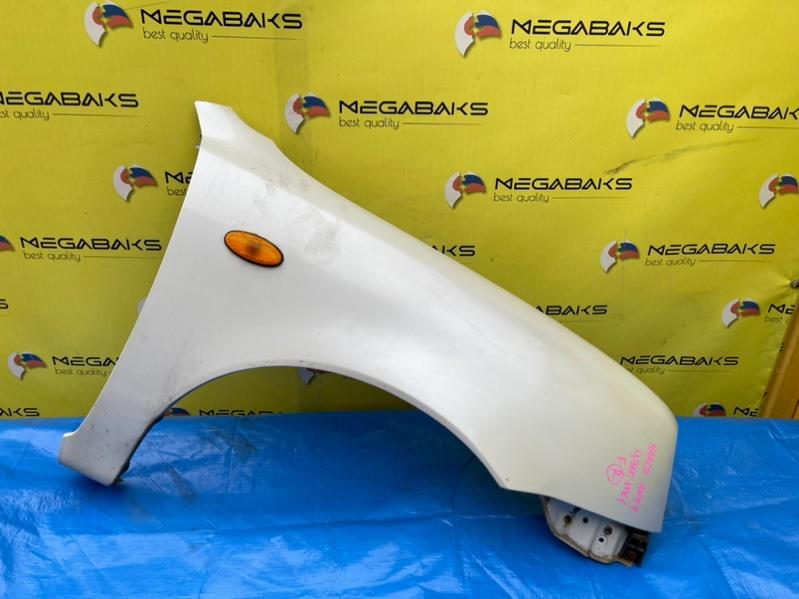 Крыло Nissan March K11 переднее правое III MODEL (б/у)