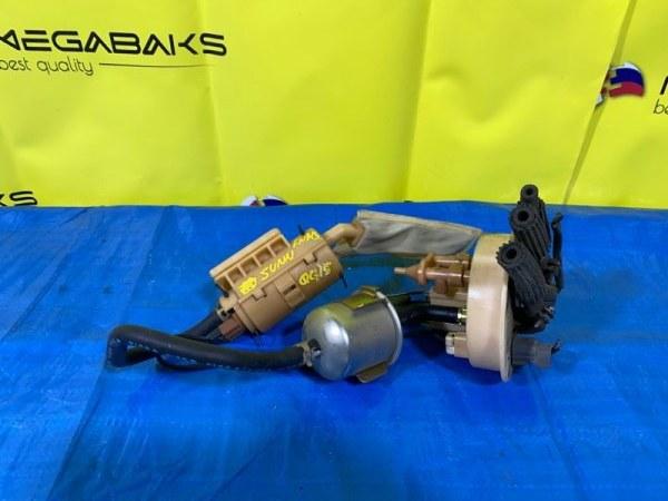 Топливный насос Nissan Sunny FNB15 QG15DE (б/у)