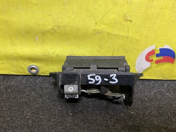 Ручка задней двери Toyota Corolla Fielder NZE121G (б/у)
