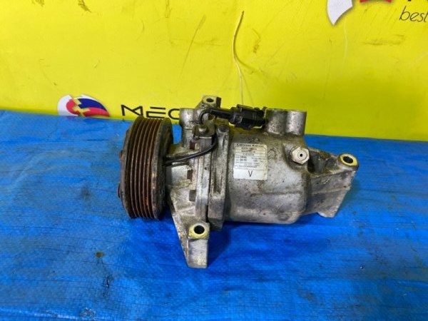 Компрессор кондиционера Nissan Juke NF15 MR16DDT 926001KC1A (б/у)