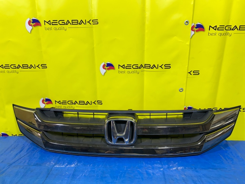 Решетка радиатора Honda Step Wagon RG1 (б/у)