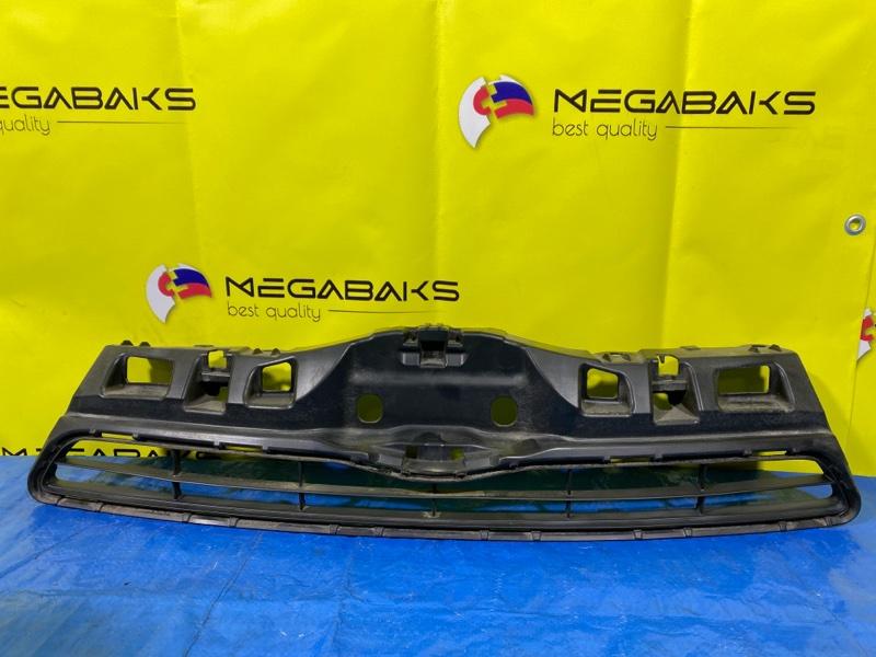 Решетка бамперная Toyota Aqua NHP10 53111-52570 (б/у)