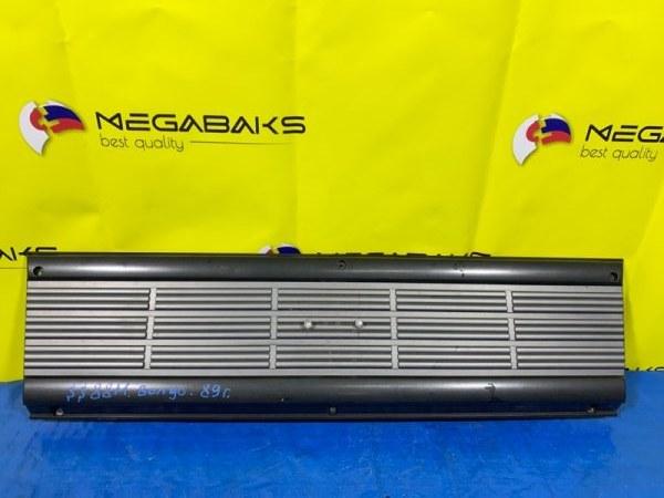 Решетка радиатора Mazda Bongo SS88M (б/у)