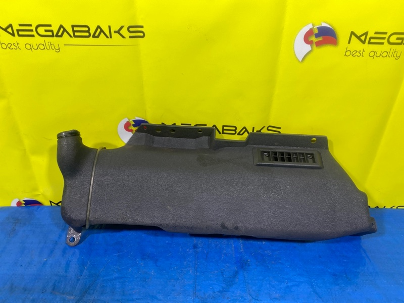 Бачок стеклоомывателя Mazda Bongo SS88M (б/у)