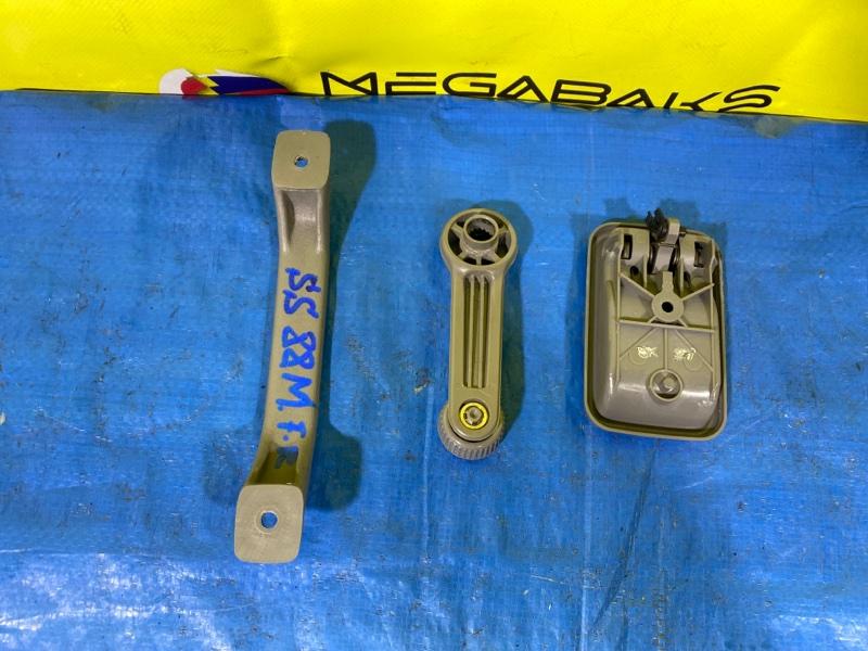 Ручка двери внутренняя Mazda Bongo SS88M передняя правая (б/у)
