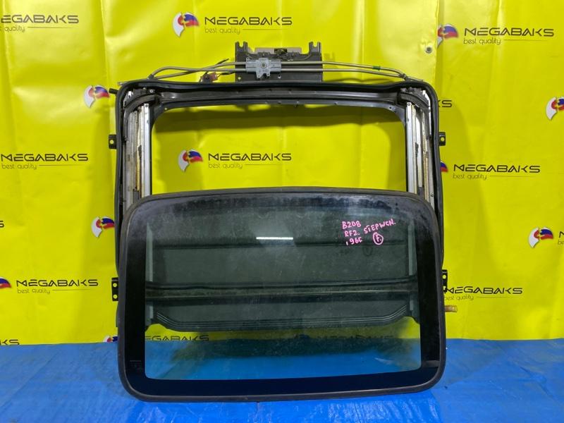 Люк Honda Step Wagon RF1 передний (б/у)
