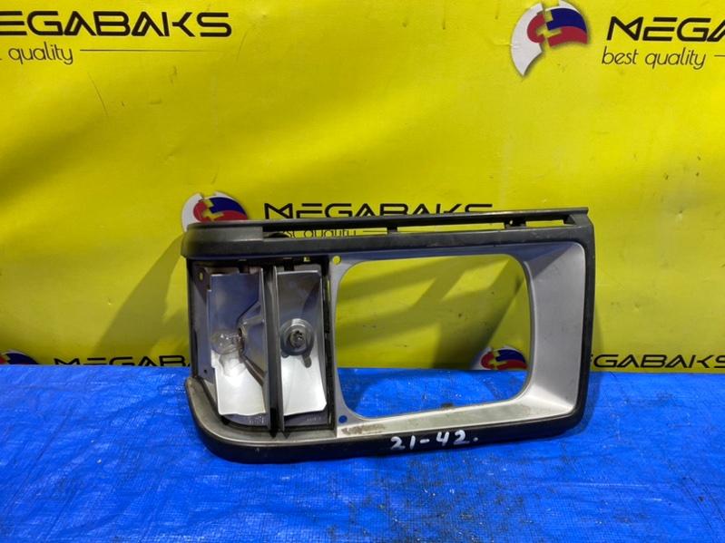 Очки на фары Nissan Vanette SE88MN левые 3174 (б/у)