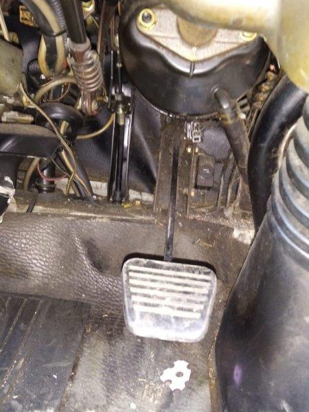 Педаль сцепления Mitsubishi Canter FE658G 4D35 1997 (б/у)