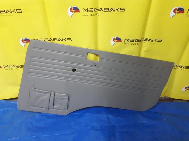Обшивка дверей Mazda Bongo SS88M передняя правая (б/у)