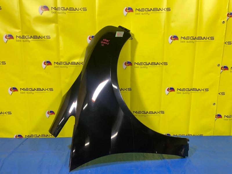 Крыло Mitsubishi Grandis NA4W переднее правое (б/у)