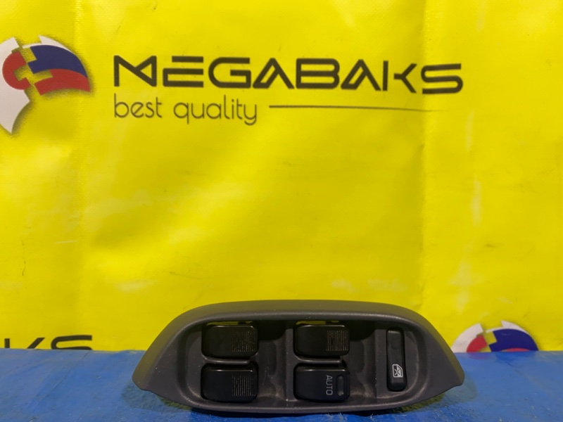 Блок упр. стеклоподьемниками Daihatsu Terios Kid J111G передний правый (б/у)